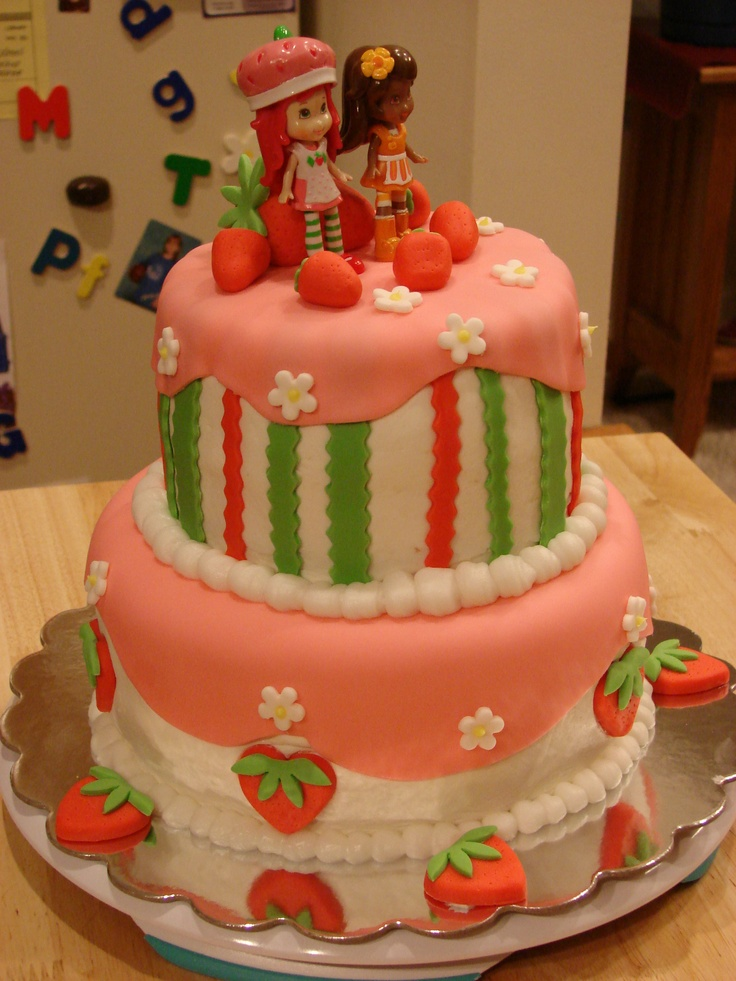 Local Edible Cake Images : 17 Best ideas about Strawberry Shortcake Birthday Cake on ...