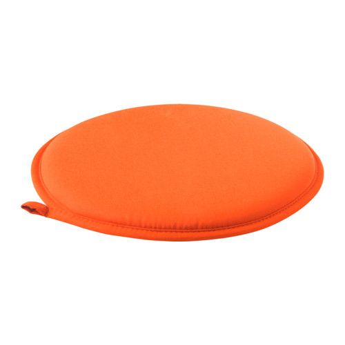 CILLA チェアパッド IKEA 裏に滑り止めが付いているので、椅子の上でずれません チェアパッドの中素材にはポリウレタンフォームを使用。耐久性に優れ、ソフトで快適な座り心地です 洗濯機で丸洗いできます