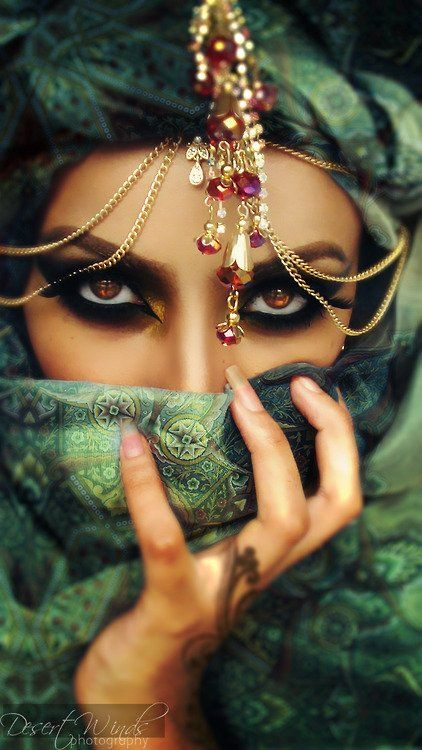 Oriental woman, love her eyes, she reminds me of princess Jasmine