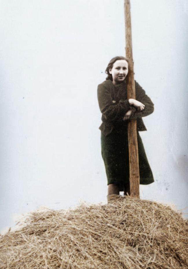 """Danuta Siedzikówna """"Inka"""" zdjęcie z 1945"""