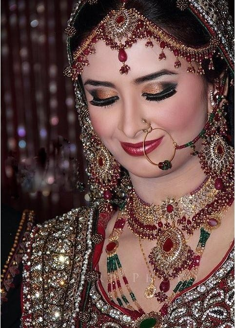 Dulhan Indian bride Desi wedding Punjabi Pakistan Makeup ...
