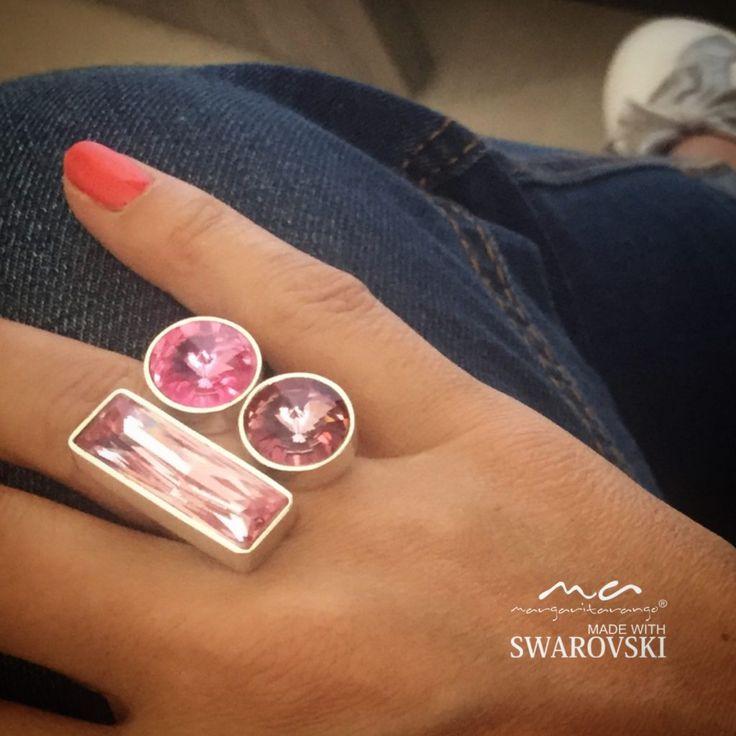 Somos una empresa que lleva 11 años en el mercado, diseñando joyas en plata con perlas cultivadas, swarovski o piedras semipreciosas. Diseñamos piezas exclusivas con cantidades limitadas, con la tr…