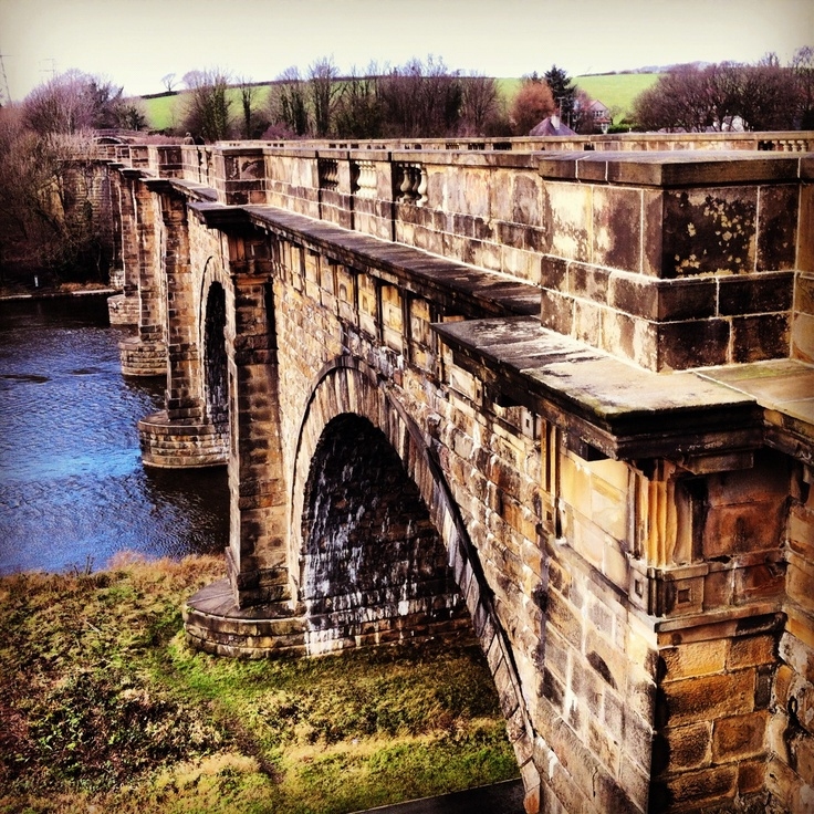 Lune Aquaduct, Lancaster. New years day. We had a lovely 5 mile walk along the canal to start 2013. Our education pack for the Lancaster Canal will be ready this Easter.