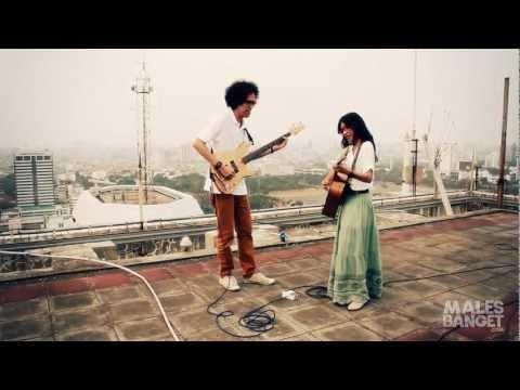 """""""Mimpi Takkan Berlari"""" - Endah n Rhesa from Indonesia"""