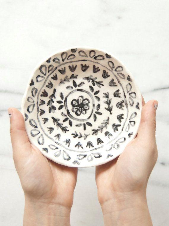 Ceramic trinket dish by leahgoren on Etsy, $45.00