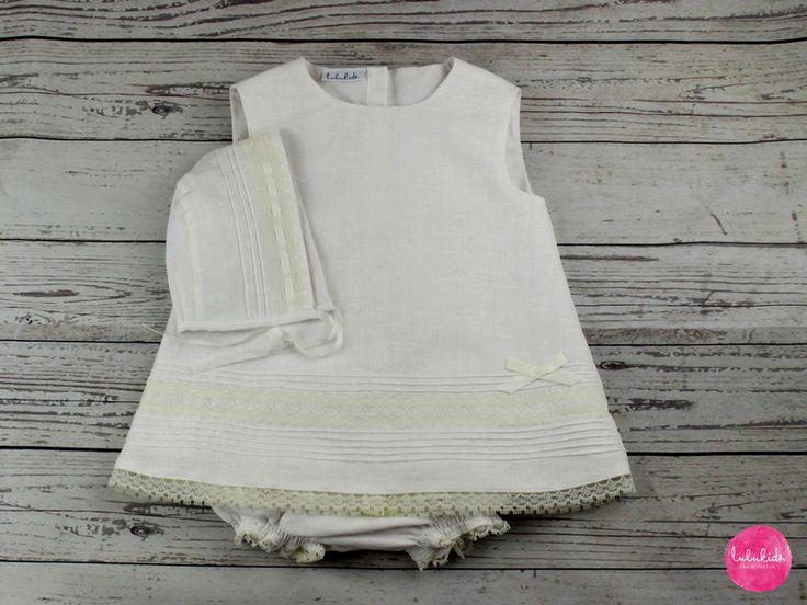 Taufbekleidung - Set Taufkleid Leinen weiß + Hose + Mütze - ein Designerstück von lubukidz bei DaWanda