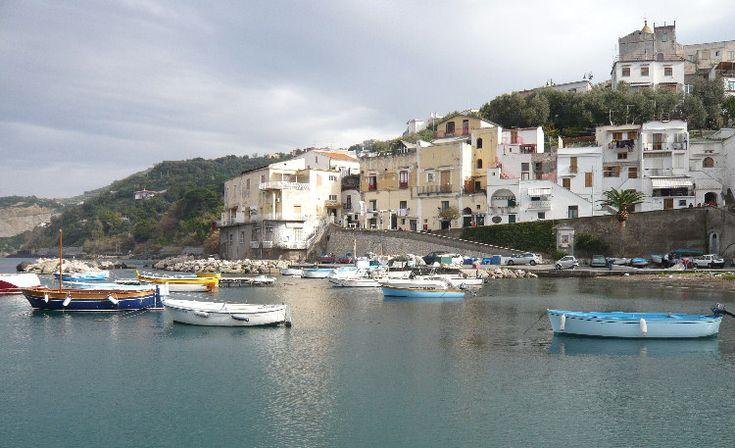 Marina della Lobra, Massalubrense