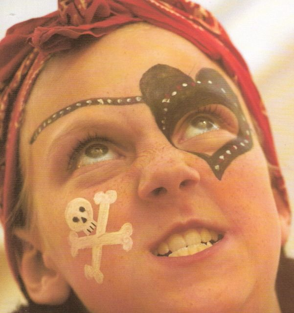 PIRATE PARTY. Maquillage de pirate !