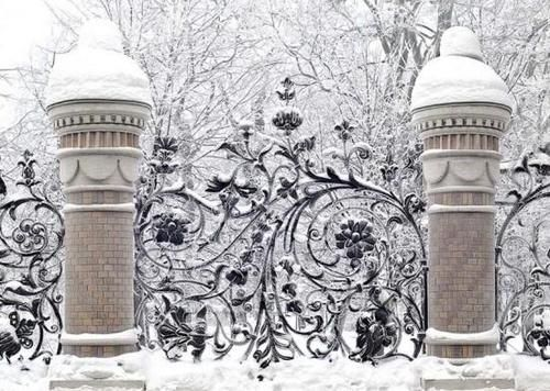 winter garden entrance: Country Houses, Winter Scene, Winter Wonderland, Gardens Gates, So Pretty, Irons Gates, Fence Design, Wrought Irons