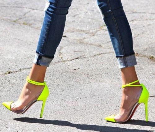 neon stilettosFashion, Skinny Jeans, Neon Heels, Style, High Heels, Christian Louboutin, Neon Shoes, Christianlouboutin, Neon Yellow