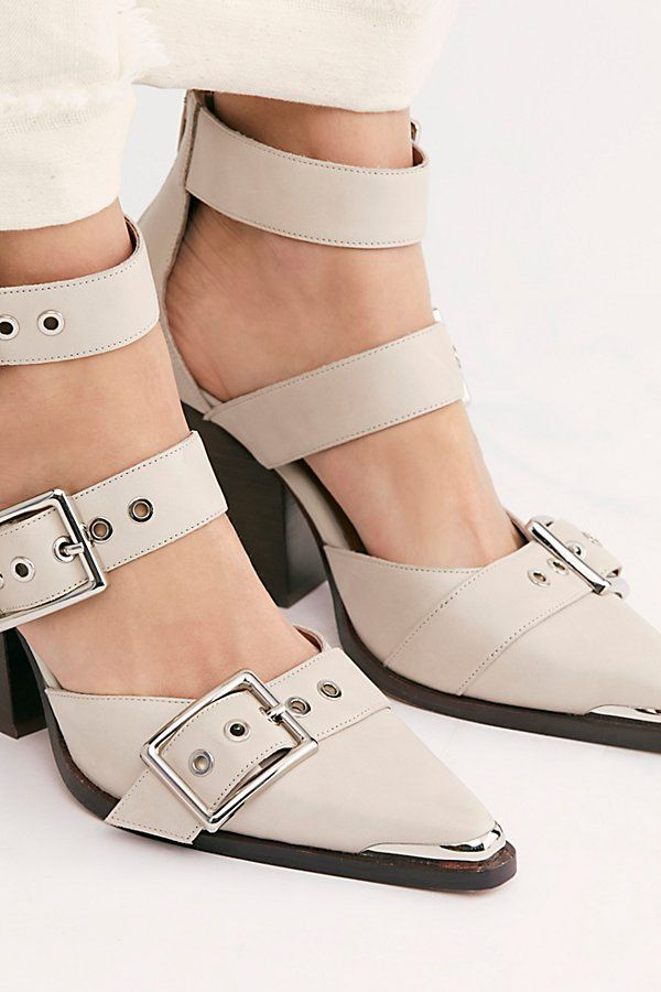 Hendrix Heels In 2021 Fashion Shoes Flats Shoes Heels Wedges Shoes