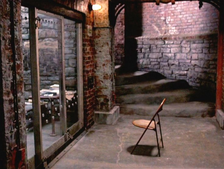 Clarice Starling's chair in front of Lecter's cell