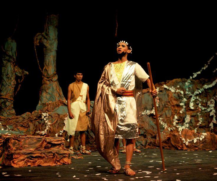 pertunjukan Oedipus Di Colonus, karya Sophocles