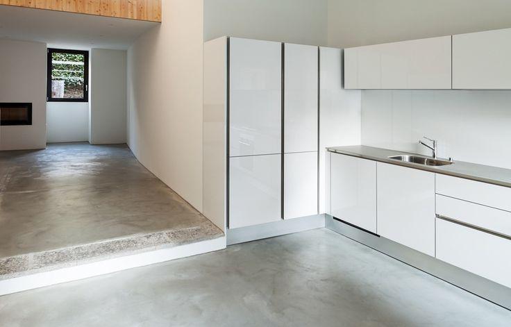 witte keuken met betonvloer keukens pinterest tes