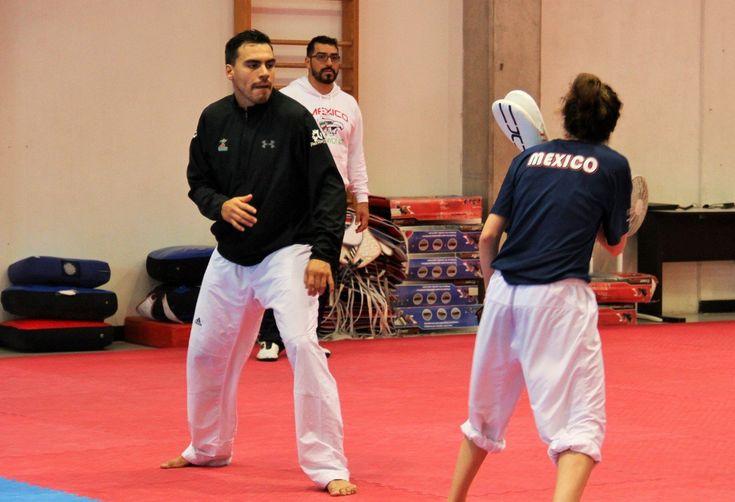 Uriel Adriano vuelve por sus fueros a Selección Nacional de Taekwondo