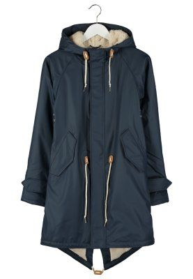 Stylische Jacke, mit der du schlechtes Wetter sicher überstehst. Derbe TRAVEL COZY FRIESE - Parka - navy für 149,95 € (13.12.15) versandkostenfrei bei Zalando bestellen.