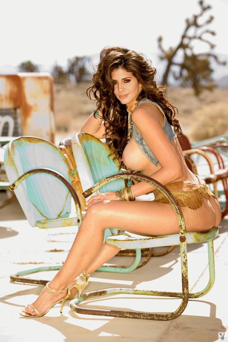 hope dworaczyk nude high heels