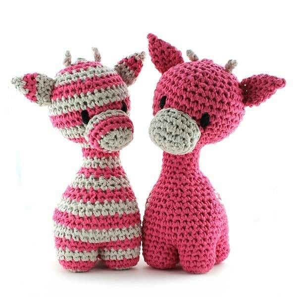 Meet Ziggy Giraffe!! Designed by Oekimoekie (www.facebook.com/oekimoekie). Pattern available (dutch & english) at www.hoooked.nl