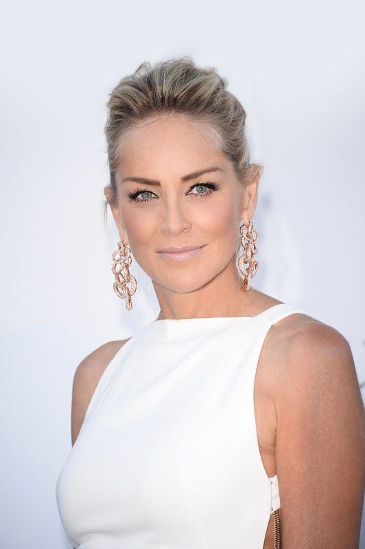 Cannes 2013 - najpiękniejsze fryzury z czerwonego dywanu, Sharon Stone, for. mat. prasowe L'Oreal