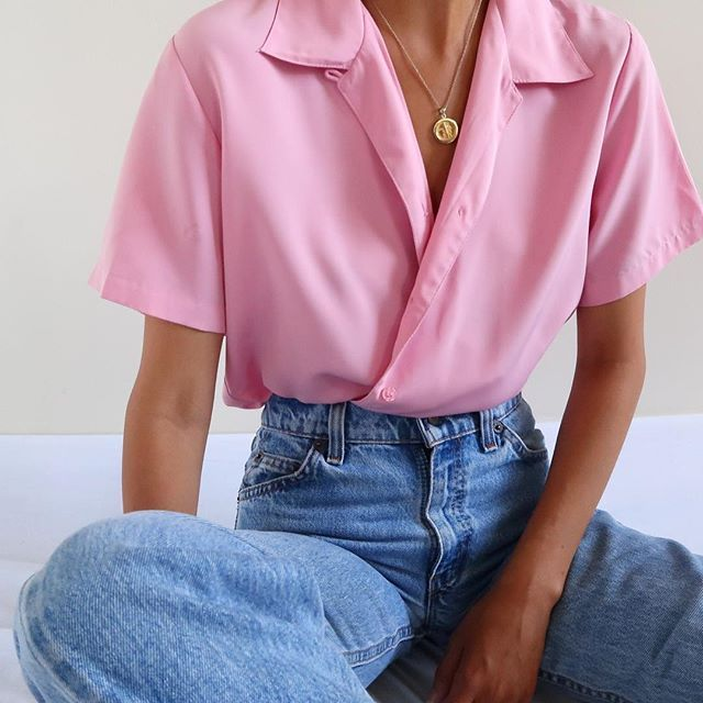 SOLD Vintage pink soft short sleeve blouse, best fits xs-m. DM or comment for de... 15