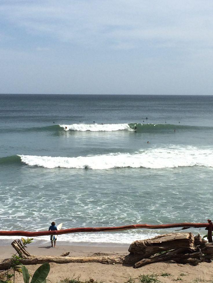 Surf trip Popoyo - Main break