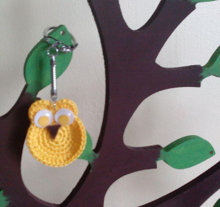 Chouette jaune vraiment trop chouette !!! : Porte clés par pamamoune