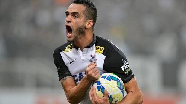Renato Augusto.