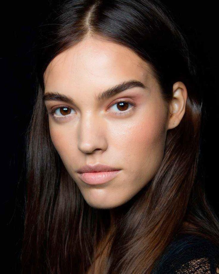 | ClioMakeUp Blog / Tutto su Trucco, Bellezza e Makeup ;) | ClioMakeUp Blog / Tutto su Trucco, Bellezza e Makeup ;) » Soft o intenso? I makeup più adatti per la pelle abbronzata!