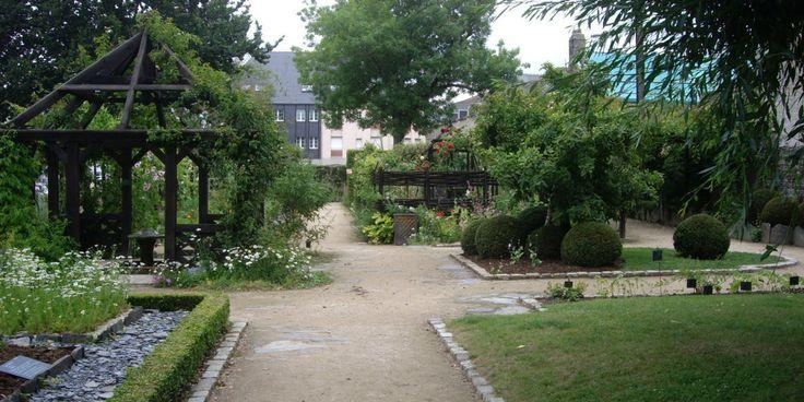 Jardin du prieuré Locmaria
