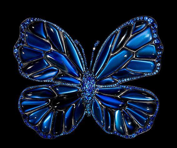 JAR Paris. Butterfly brooch, 2011. Moonstones, sapphires, spinels, silver, and gold. #JAR #JARParis #JoelArthurRosenthal