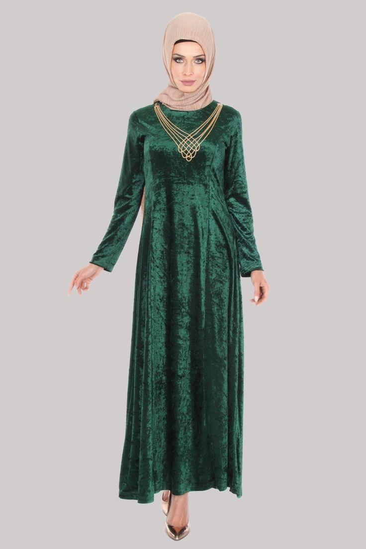 Kadife Tesettür Elbise Kolyeli Yeşil