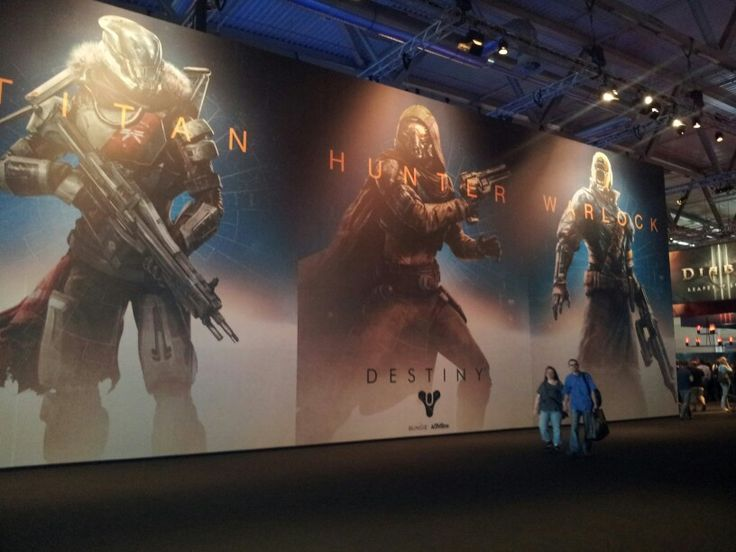 Impressions #impressions #gamescom #games #game #gamescom2013 #cologne #gamer #browsergames #crowd #gaming #people #onlinegames #gaming #destiny #hunter #titan #warlock