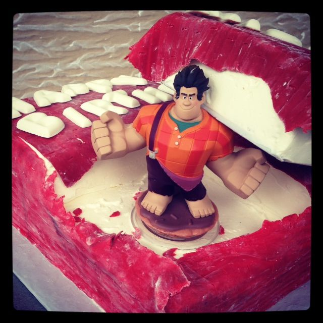 Wreck it Ralph cake  #Sweetsweetjules