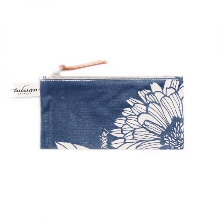 Accessories: Petite Pouch Blue Note $13