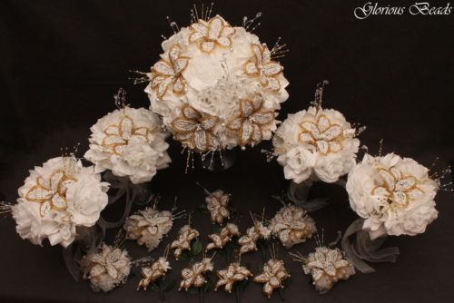 BEADED-LILY-Bridal-Bouquet-Wedding-Flower-17-Piece-Set-White-amp-Gold-Beads