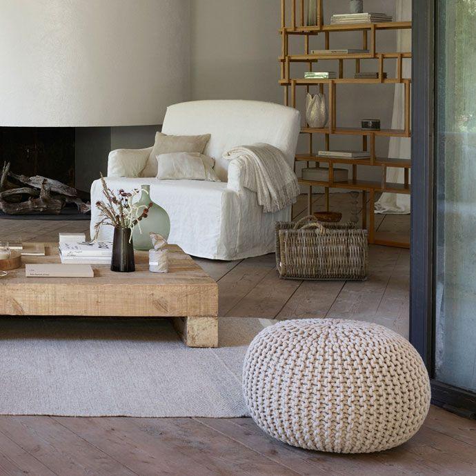 1000 ideias sobre pufe redondo no pinterest sof de veludo decora o moderna e sala de estar - Foulard sofa zara home ...