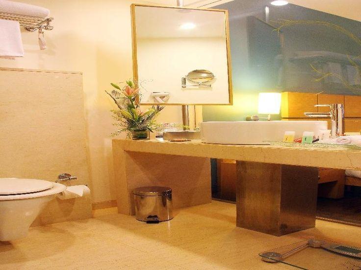 63 best mumbai india hotel bathrooms images on pinterest for Bathroom designs mumbai