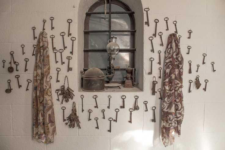 Del Carmen Collections #winter #wool #scarf #vintage #keys