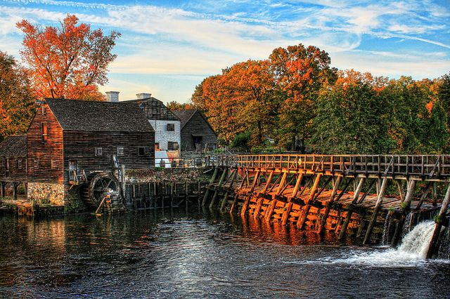 Philipsburg Manor House in the village of Sleepy Hollow, New York State, USA (by Daniel Mennerich).