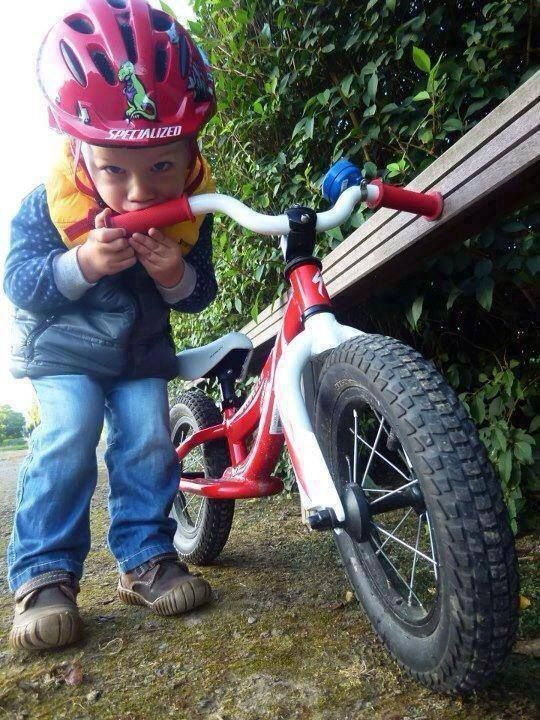 Be honest this is how we all feel about our bikes! THECYCLINGBUG.CO.UK #thecyclingbug #cycling #bike