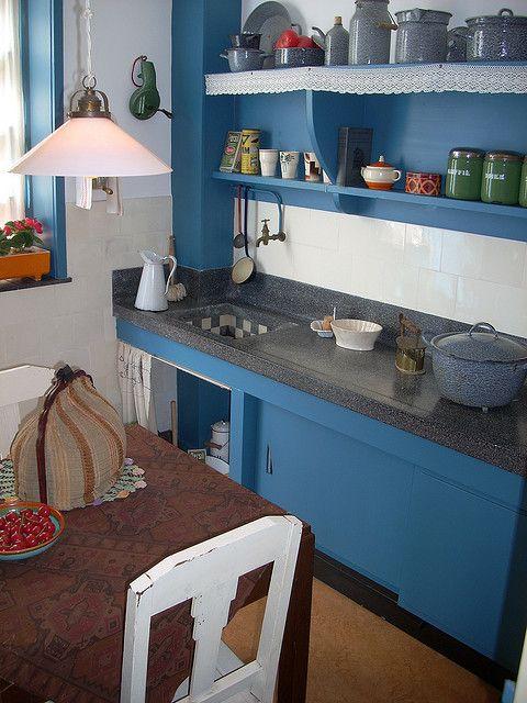 Jaren 20-30 keuken in 'Het Schip' by juffrouwjo