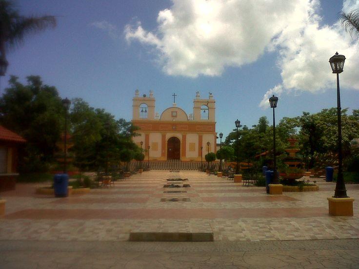 Iglesia Santiago Apostol, Nagarote, Nicaragua