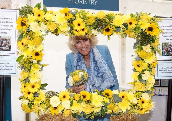 Camilla Parker Bowles Photos Photos - Camilla, Duchess of Cornwall attends the South of England Show on June 8, 2017 in Ardingly, United Kingdom. - The Duchess of Cornwall Attends the South of England Show