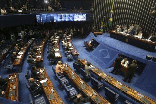 Retomada a sessão de julgamento do Impeachment - http://po.st/x7MGcM  #Política - #Dilma-Rousseff, #Impeachment, #Senadores