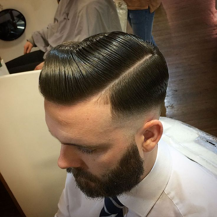 how to get a pompadour style with short hair