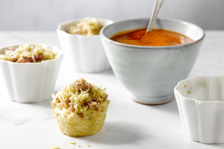 Deze hapjes met quinoa en pizzatopping zijn origineel en ook nog eens lekker licht! Win-win!