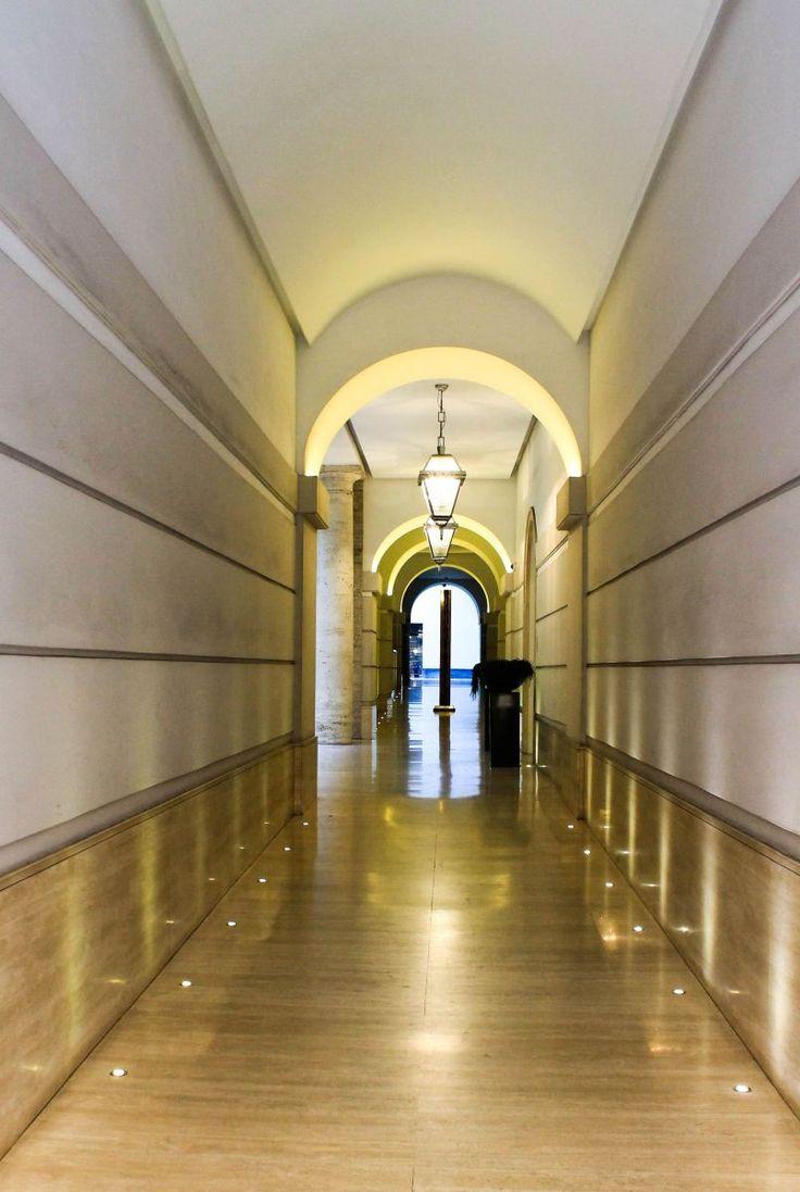 Ingresso palazzo a Roma - Architetture - Photo Gallery - Reflex Photo Community