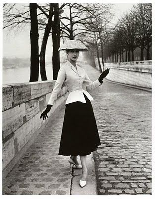 1940: 1940 S, New Looks, Style, 1940S Fashion, Vintage Fashion, Christian Dior, Christiandior, Dress