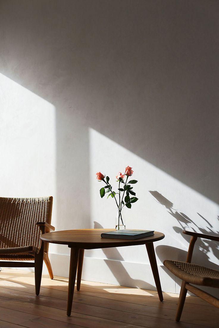minimal decor // flower vase