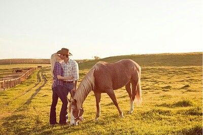 country couple photography ideas | Country Couple # Horse # Kisses # Cowboy # ... | country photography